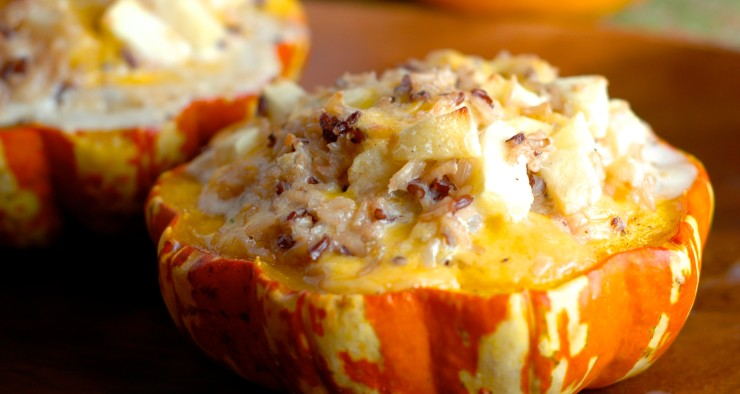 Stuffed Carnival Squash with Wild Rice, Cheddar, and Apples